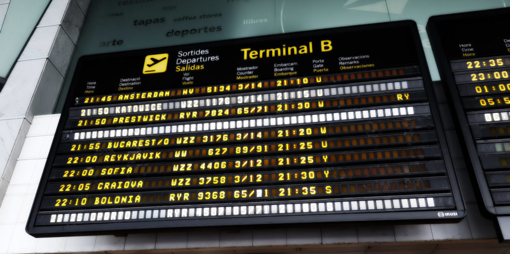 Plane delay compensation