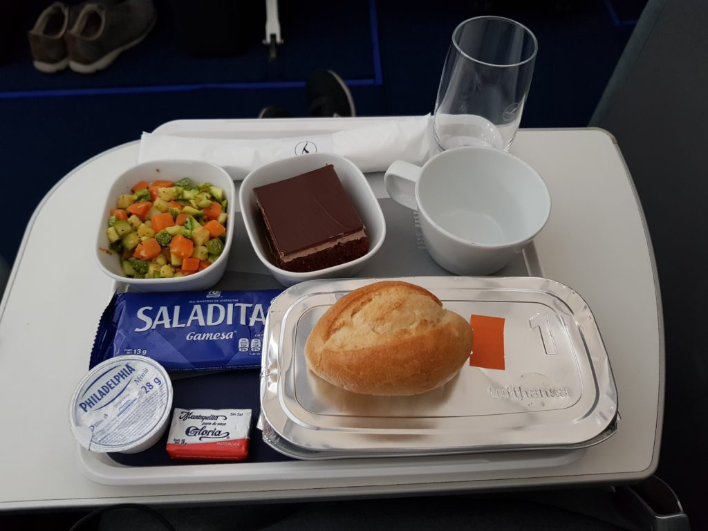 Lufthansa premium economy - meal