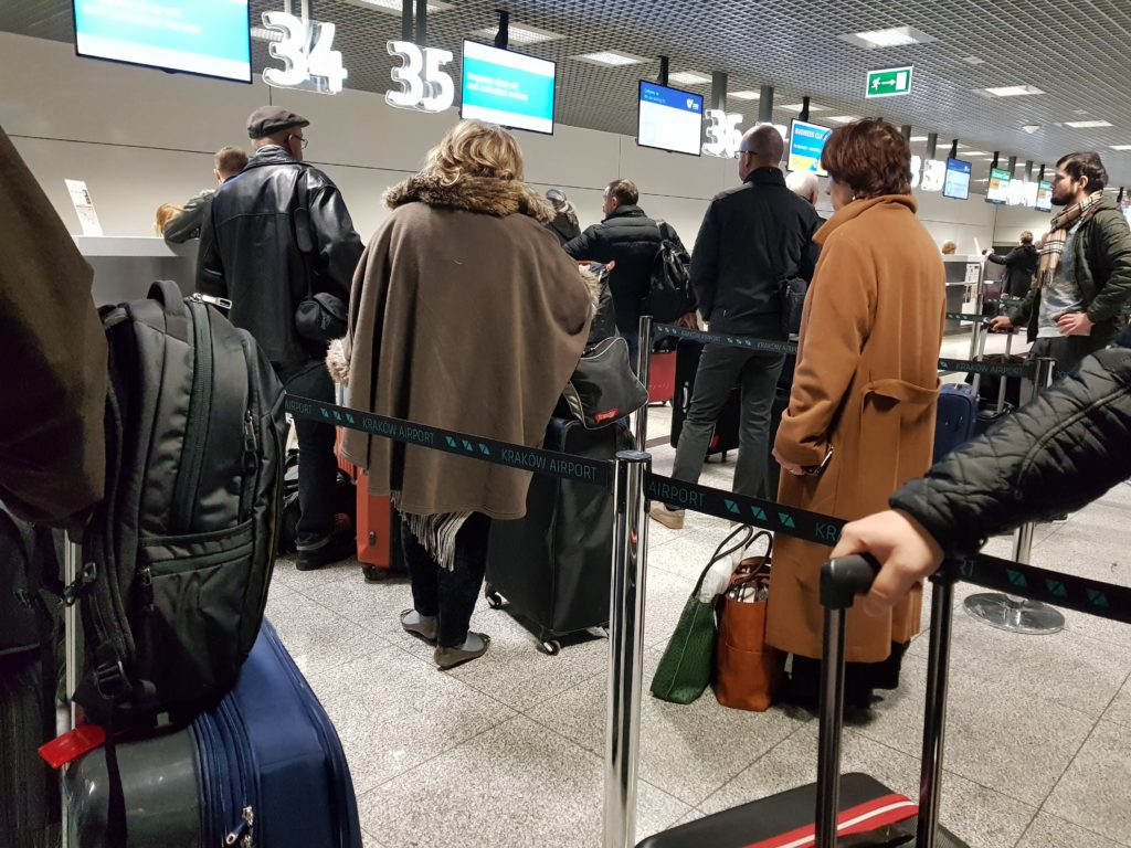 Business travel tips - queuing