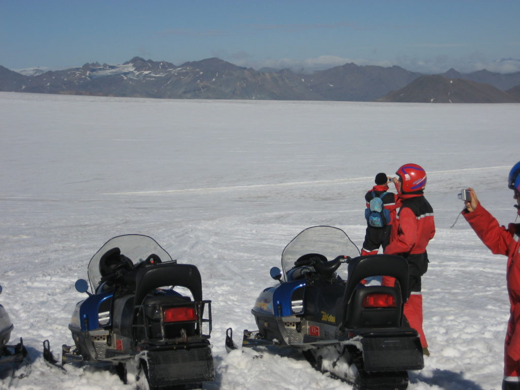 Snowmobile Adventure on Vatnajökull Glacier