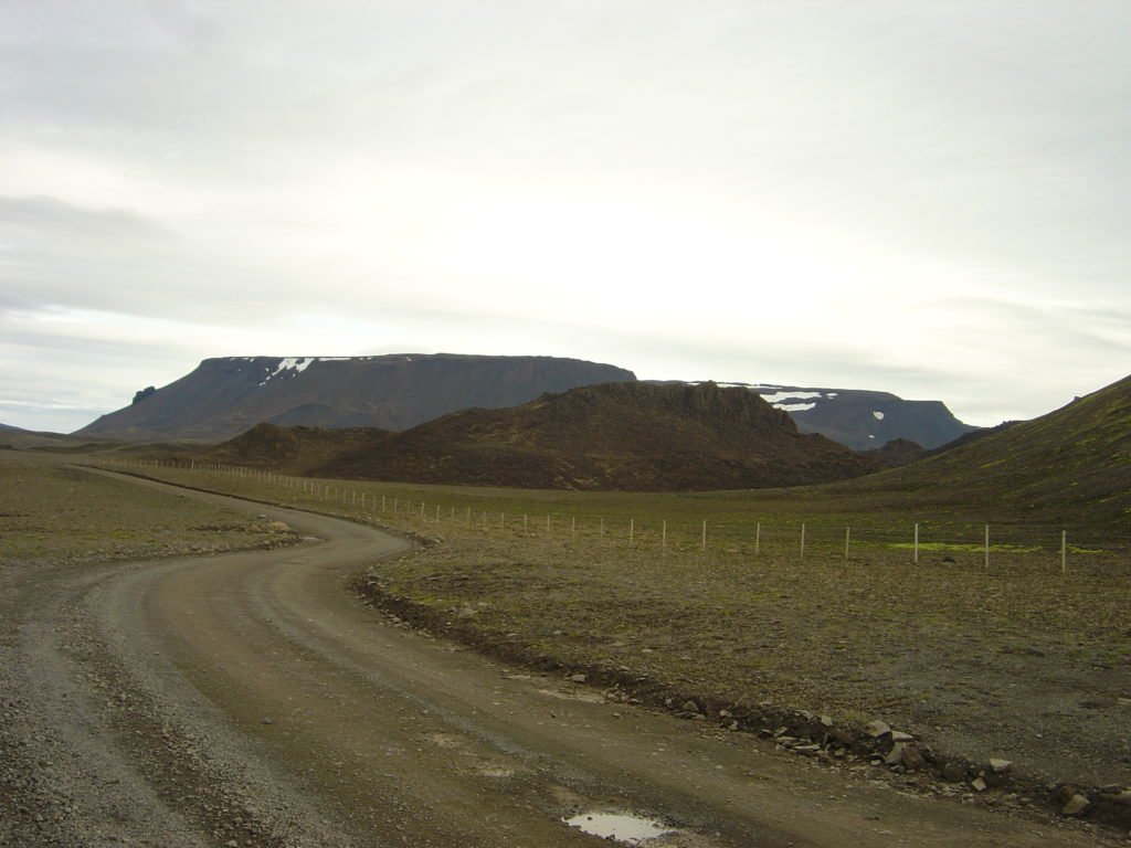 Way to Surtshellir cave