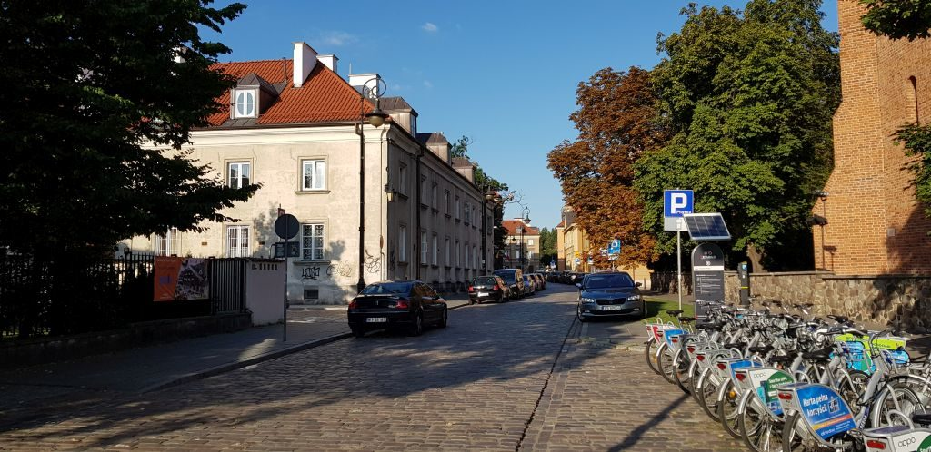 What to See in Warsaw - AirBnB Accomodation (3)