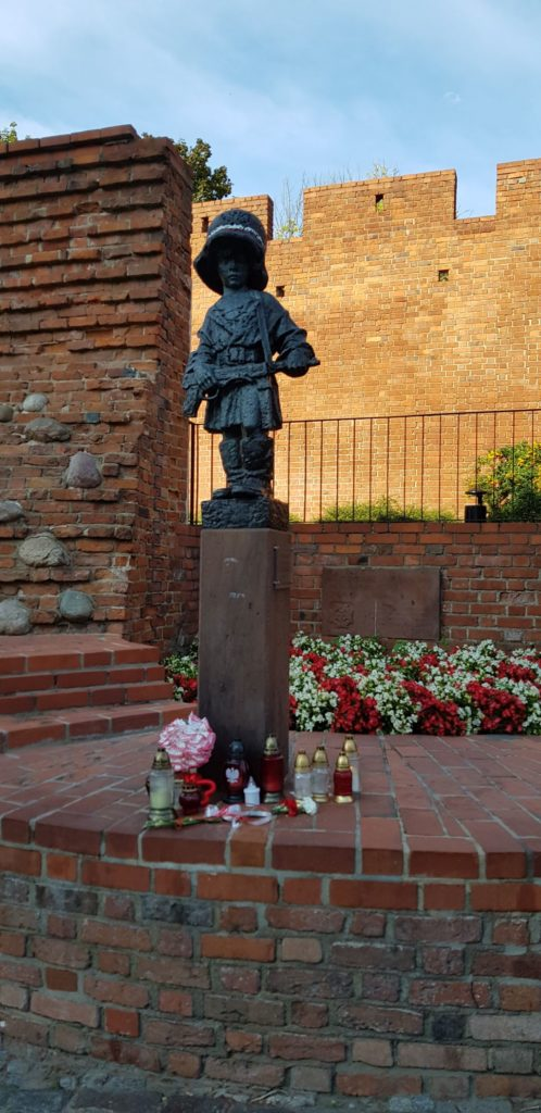 What to See in Warsaw - The Statue of a Small Insurgent
