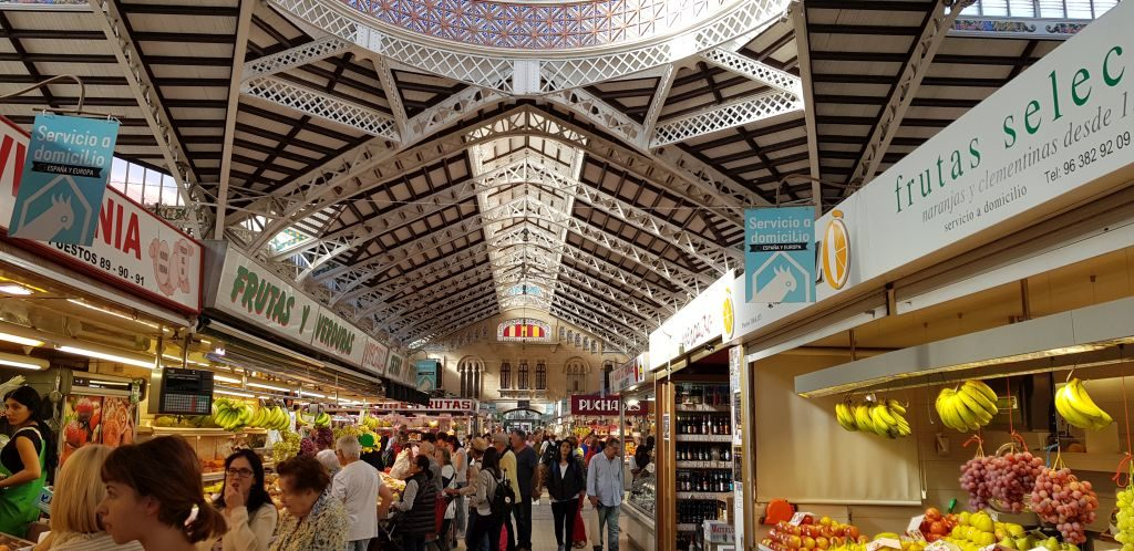 One of the largest markets in Europe   5 days in Valencia